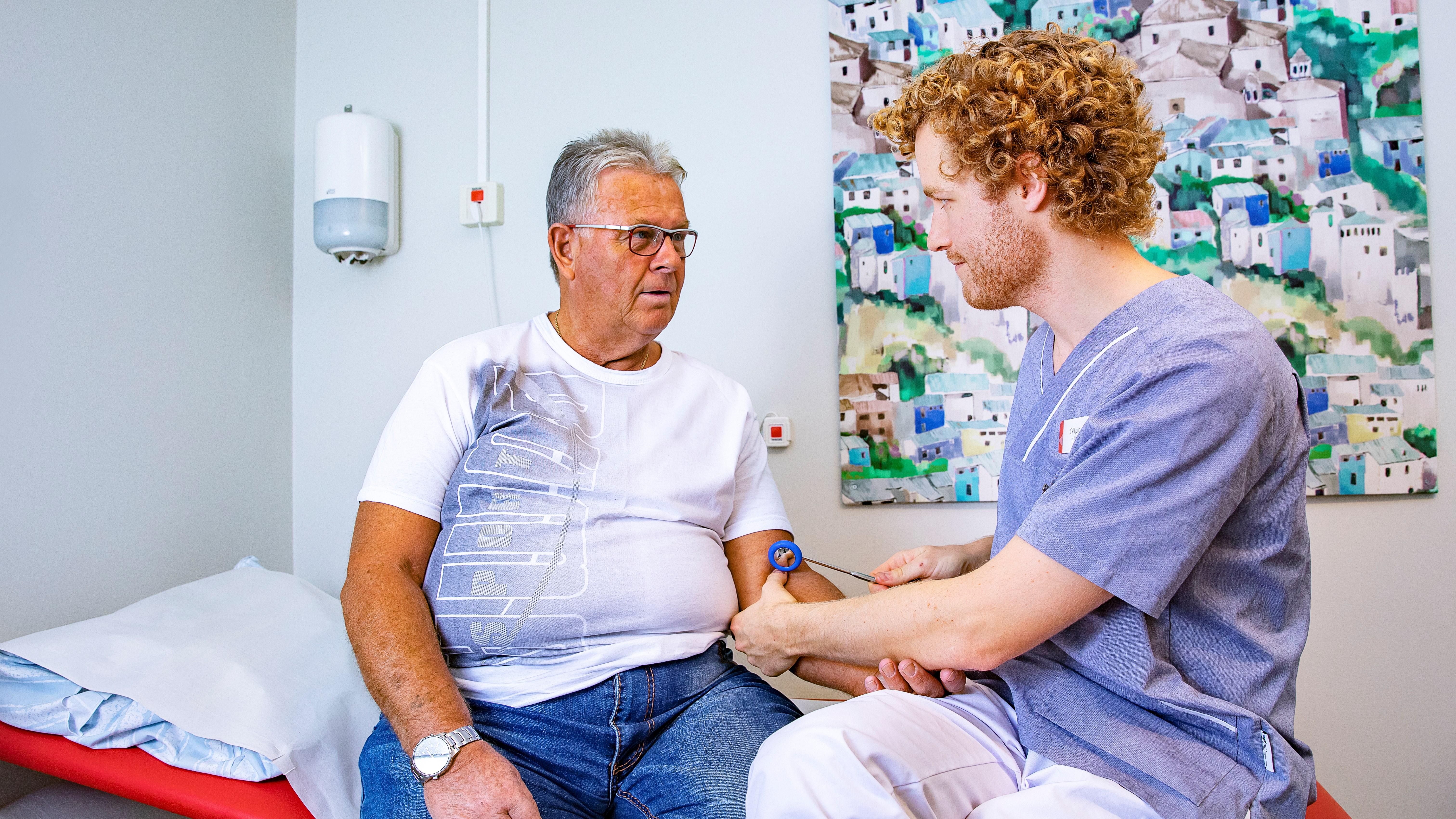 bör läkare dating sjuk sköterskor